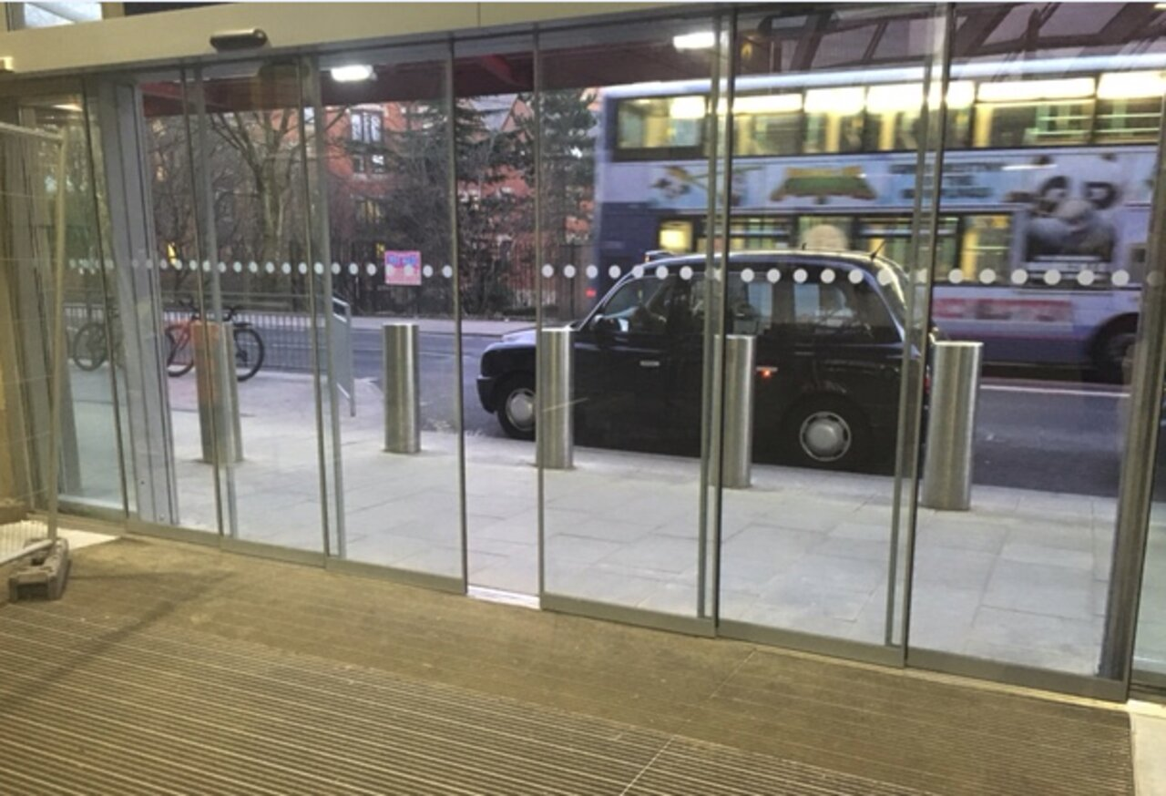 Telescopic sliding doors installed at Victoria Train Station in London & telescopic sliding door Pezcame.Com